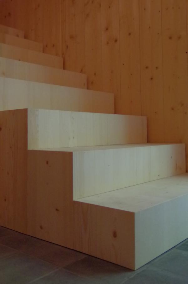 Holz Treppen Treppen in Holz Holztreppen Treppenmanufaktur Suedtirol Vinschgau Latsch Pohl Pohltreppen (65)