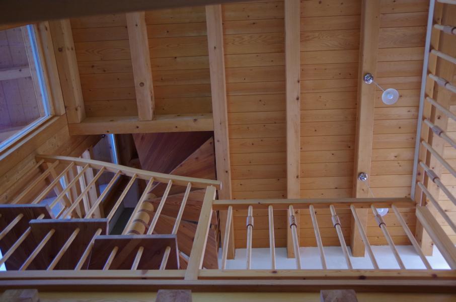Holz Treppen in Holz Holztreppen Treppenrestaurationen Suedtirol Vinschgau Latsch Pohl (9)